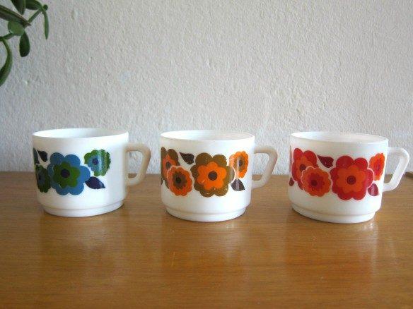 Arcopal-ミルクグラスのカップ-3個セット