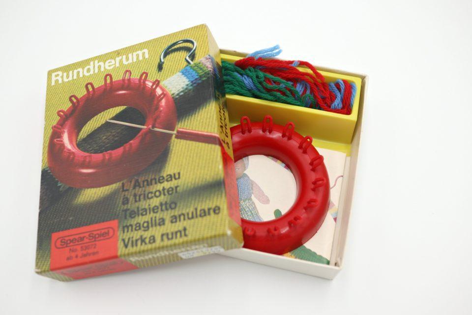 ノスタルジックなヴィンテージ輪編みキット