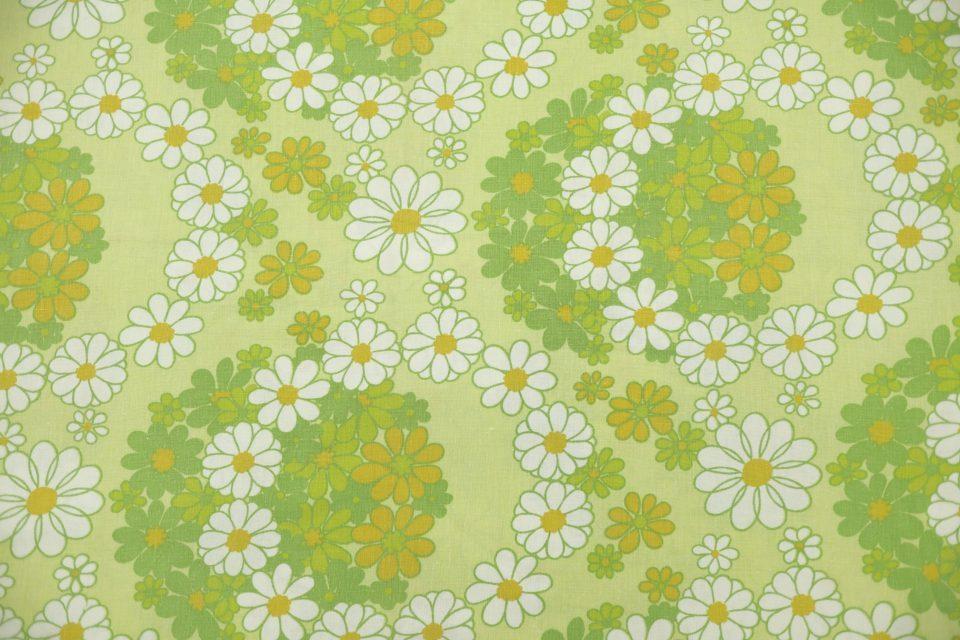 フラワーリング柄ヴィンテージファブリック(緑) 幅148cm