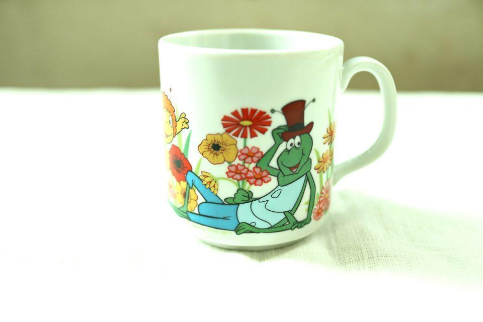 Funny Design みつばちマーヤのレトロマグカップ