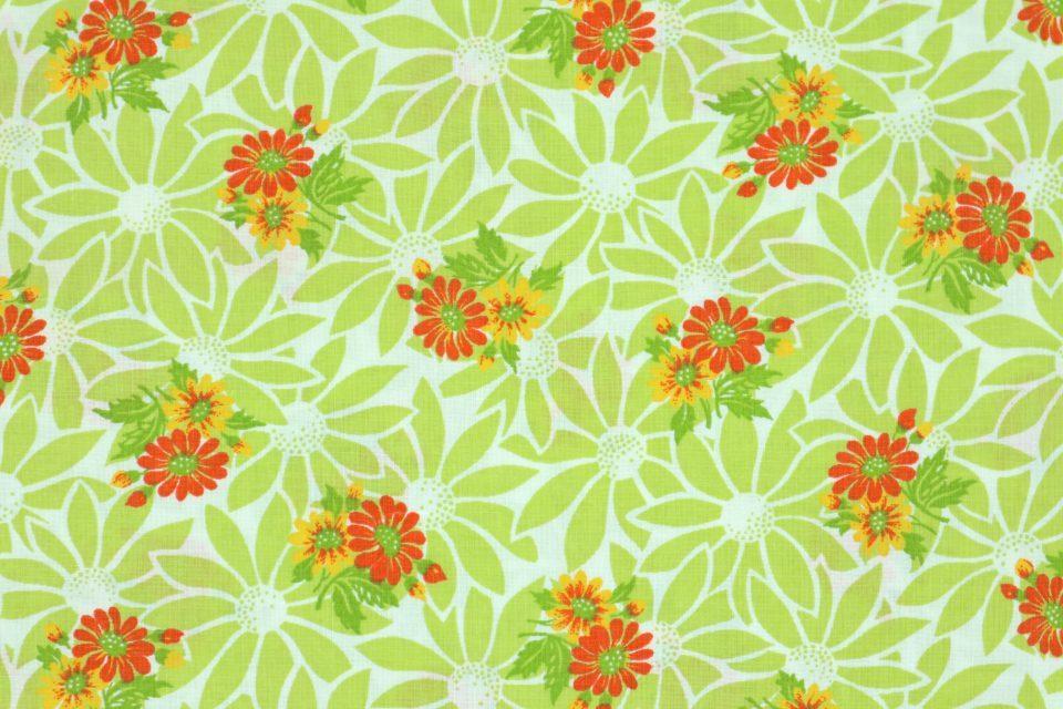 爽やかなイエローグリーン系花柄レトロファブリック 幅128cm