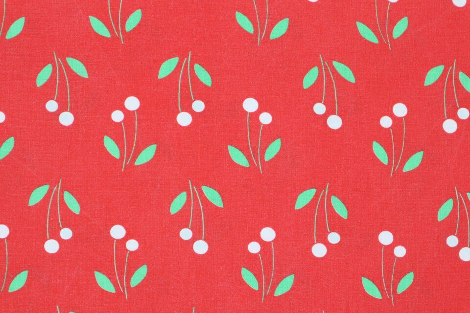 さくらんぼ? 花模様? レトロな赤色ヴィンテージ布 幅120cm