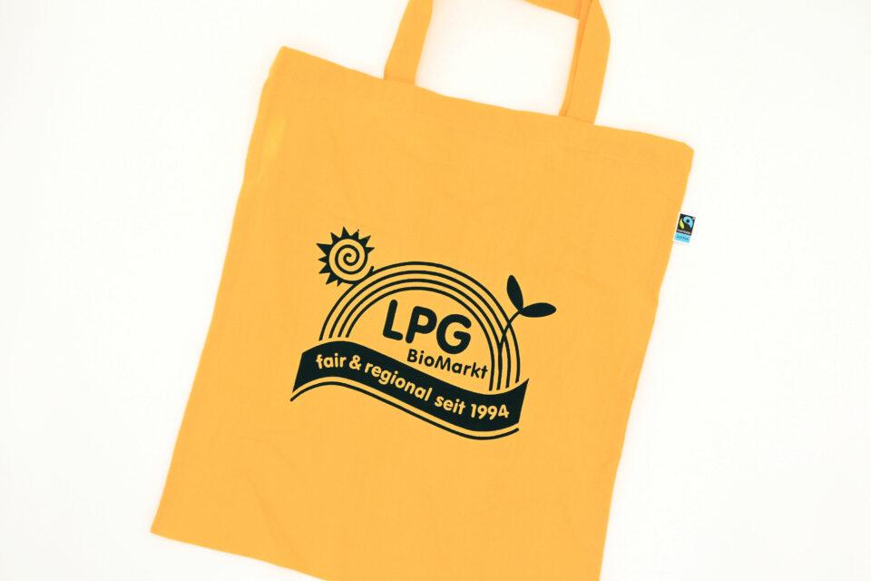 ドイツオーガニックスーパーLPGの黄色エコバッグ
