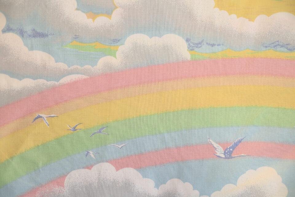 水彩画風レインボー柄ヴィンテージファブリック 幅120cm